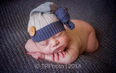 Joshua's Newborn Photos (Rock-A-Baby Winner)